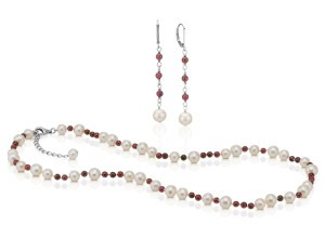 Cultured Freshwater Pearl and Garnet Necklace and Earring Set