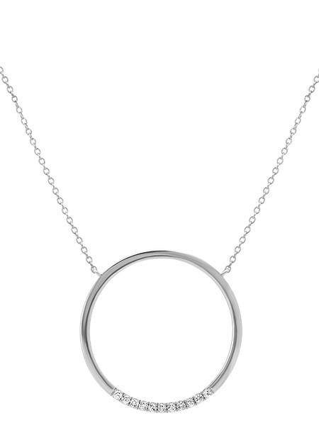 Diamond circle necklace in white gold.