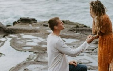 Jenna and Jessie's proposal with her dream engagement ring.