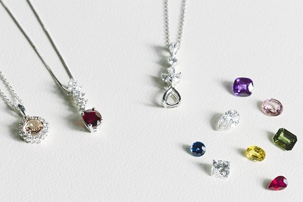 Personalizing pendants with your favorite stone.