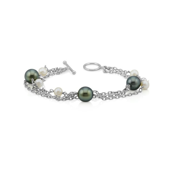 Tahitian and freshwater cultured pearl bracelet.