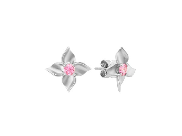 Pink sapphire floral earrings.