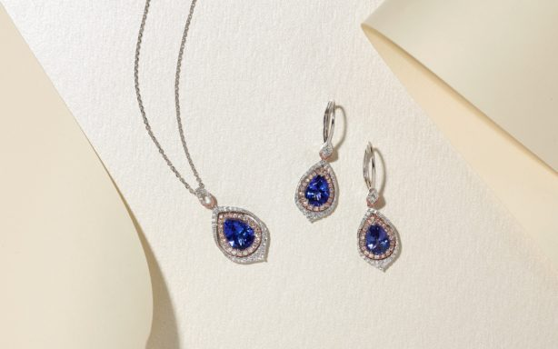 Blue tanzanite jewelry