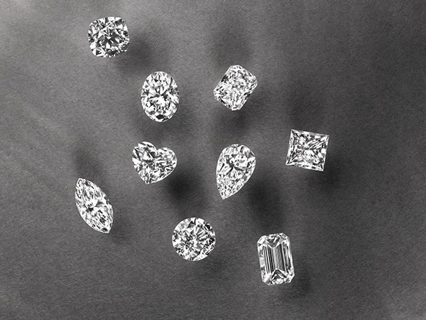Loose diamonds.